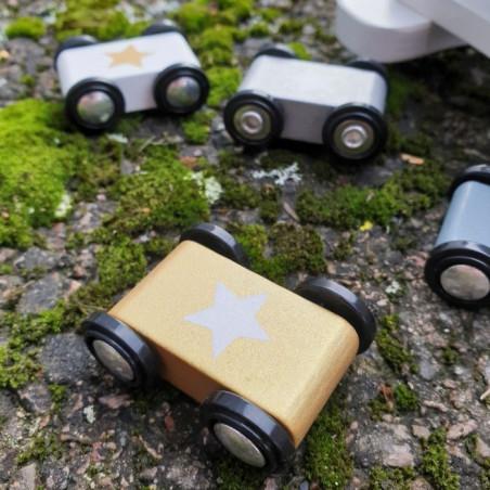Bilbana med bilar silver